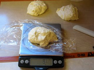 Weigh_dough