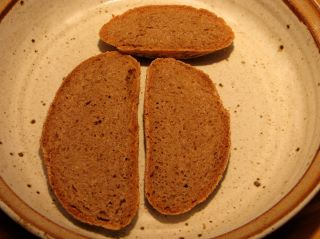 Red_Whole_wheat_slices